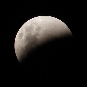 2018 05 eclipses moon 981844 pixabay